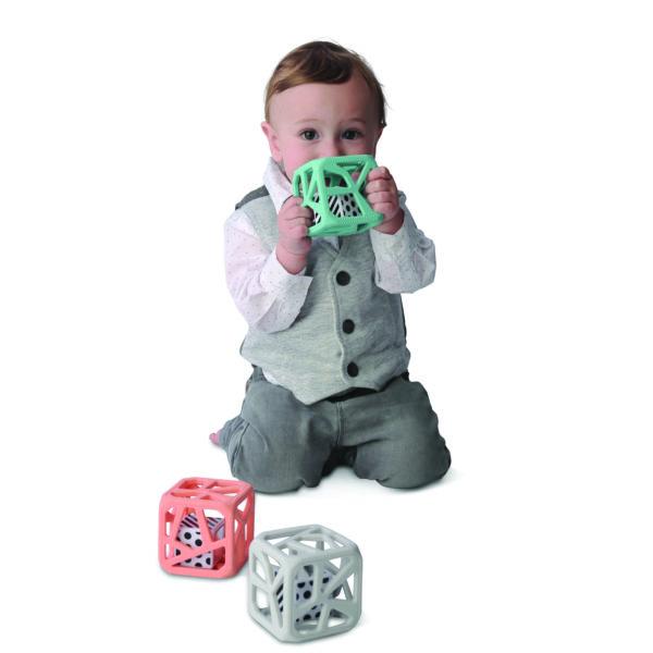 Hochet-cube-Malarkey-Kids-couleurs-pastel-bébé-mint