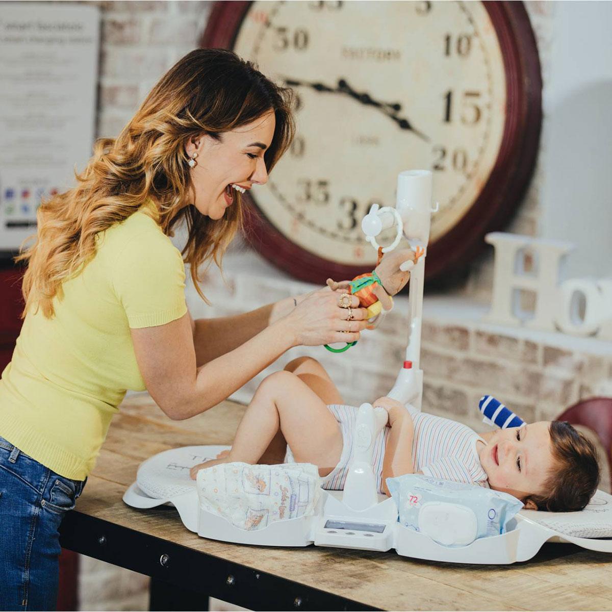 Bébé Sur Table à Langer Dieghino 3