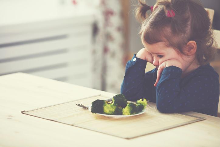 enfants manger légumes